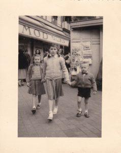 les-trois-1957-bordeaux